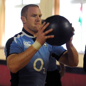 Paul O'Connell works with the medicine ball