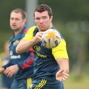 Peter O'Mahony training with the Munster squad