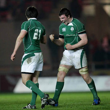Peter O'Mahony celebrates after the final whistle