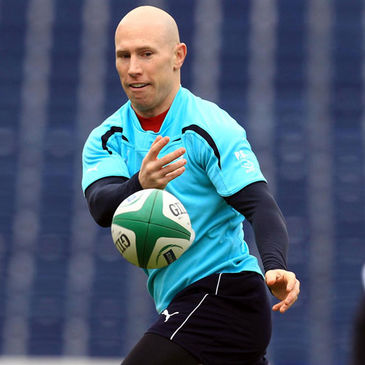 Peter Stringer training with the Ireland squad