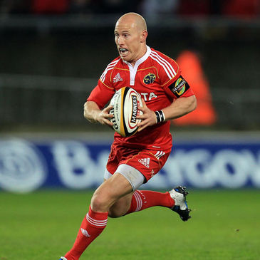 Munster scrum half Peter Stringer