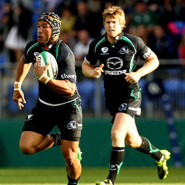 Ray Ofisa and Niall O'Connor in action for Connacht