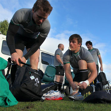 Rhys Ruddock chats with Eoin Reddan before Monday's session in Rotorua