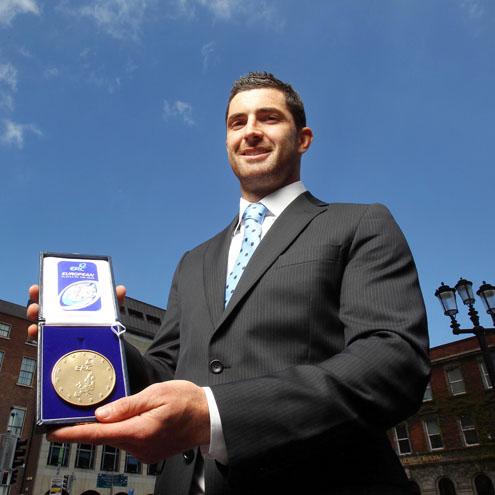 Rob Kearney with his award