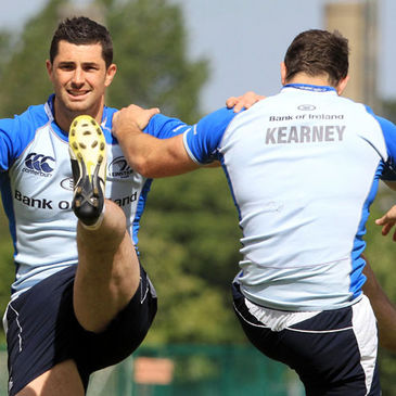 Brothers Rob and David Kearney warm up together