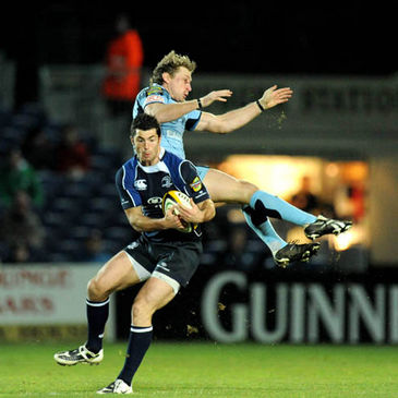 Leinster's man-of-the-match Rob Kearney gathers the ball