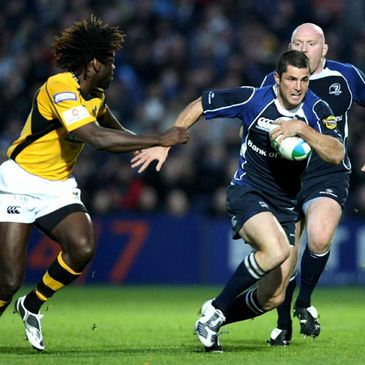 Rob Kearney takes on Wasps winger Paul Sackey