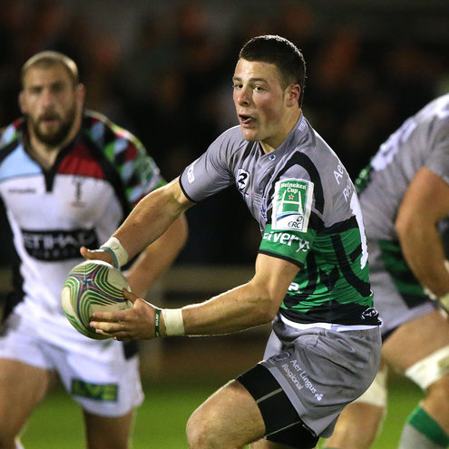 Connacht's Robbie Henshaw in action against Harlequins