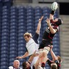 Rocky Elsom competes with Edinburgh lock Matt Mustchin for lineout possession