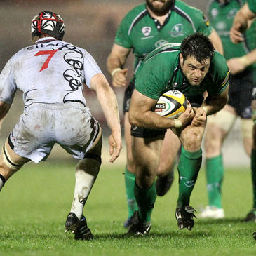 Ronan Loughney in Magners League action for Connacht