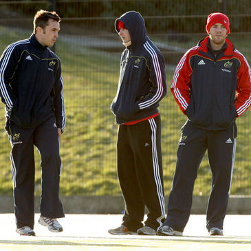 Niall Ronan, Felix Jones and Barry Murphy watch Munster train at UL