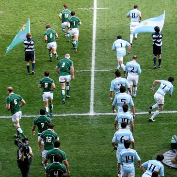 The teams run out for their 2007 Rugby World Cup clash