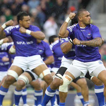 Samoa perform the Siva Tau