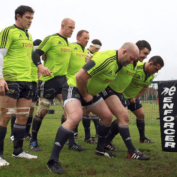 The Munster forwards get set for a scrum
