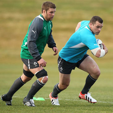 Sean O'Brien supports Cian Healy during a training session in Queenstown