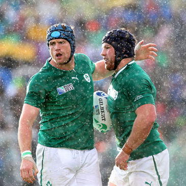 Jamie Heaslip congratulates try scorer Sean O'Brien