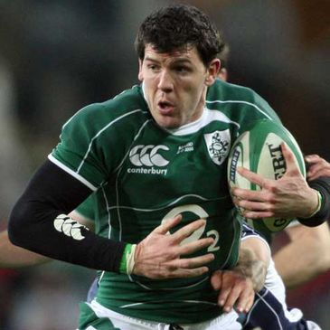 Shane Horgan in action against Scotland