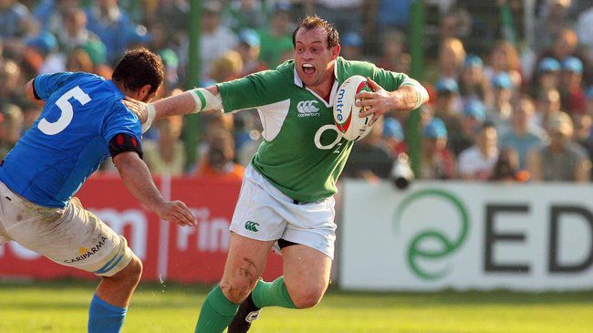 Simon Best in action for Ireland
