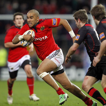 Simon Zebo in action for Munster against Edinburgh