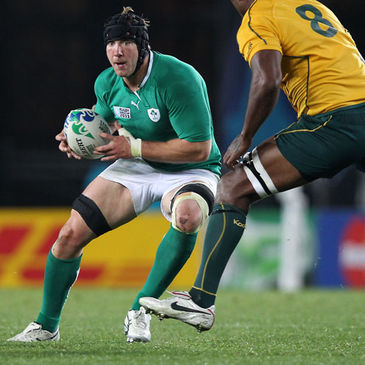 Stephen Ferris takes the ball on for Ireland