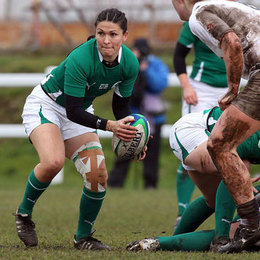 Scrum half Tania Rosser in action for Ireland