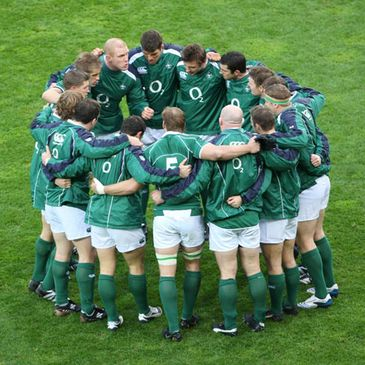 The Ireland squad huddle together at Croke Park