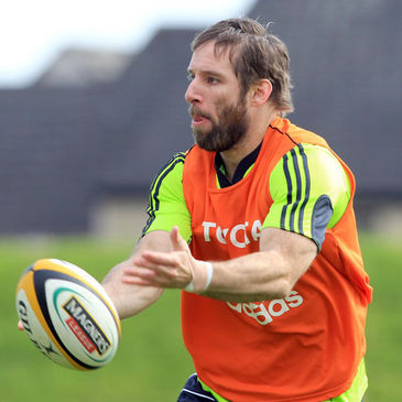 Tomas O'Leary training with the Munster squad