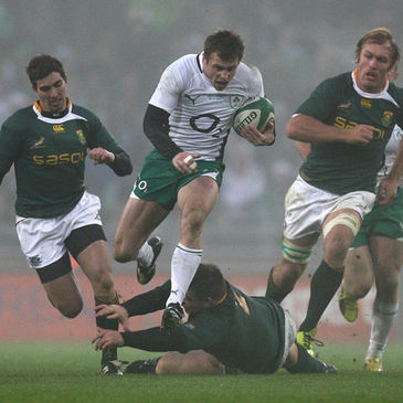 Tommy Bowe on the attack for Ireland against the Springboks