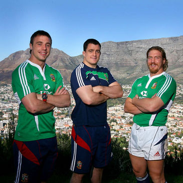 Tommy Bowe, Andrew Sheridan and Andy Powell are pictured in front of Table Mountain
