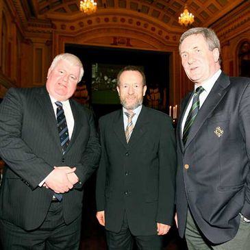 John Bowen, Sean Kelly and IRFU President Der Healy at the closing ceremony