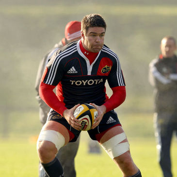 Billy Holland training with the Munster squad