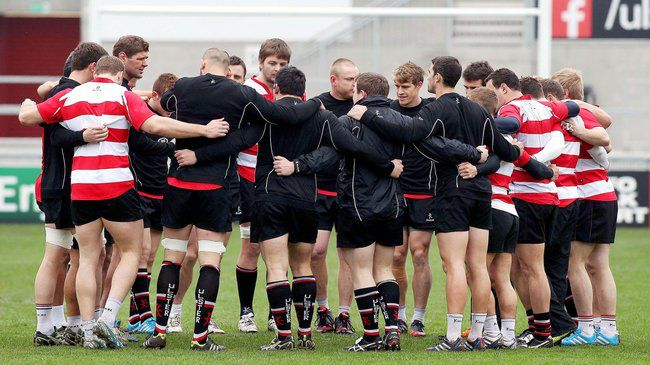 Johann Muller gives a team talk at Ravenhill