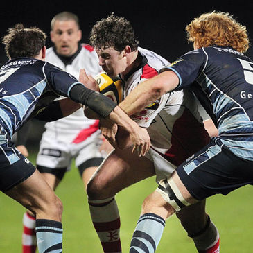 Willie Faloon carries forward for Ulster