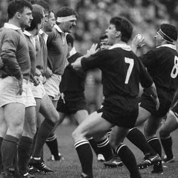 Willie Anderson and his Ireland team-mates face up to the haka