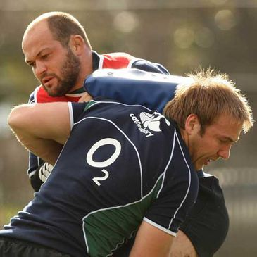 Rory Best and Stephen Ferris practice their tackling