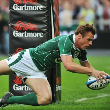 Tommy Bowe goes over for Ireland's first try against the Barbarians