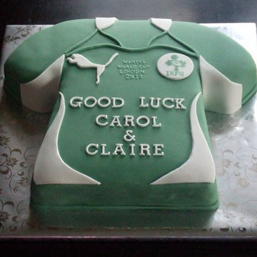 The 'Good Luck' cake for Claire Molloy and Carol Staunton