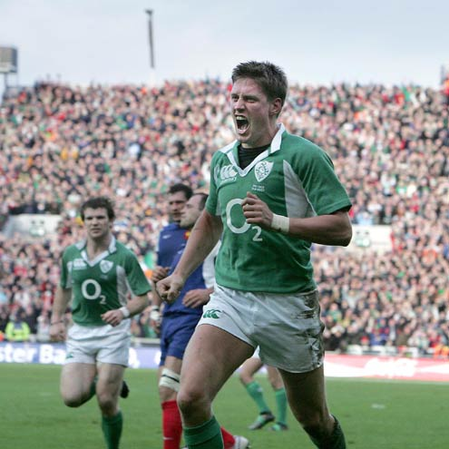 Ronan O'Gara celebrates his try against France
