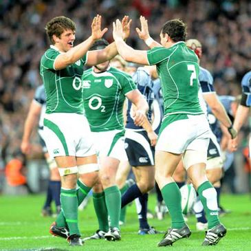 David Wallace is congratulated after scoring Ireland's opening try