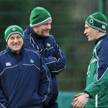Eddie O'Sullivan and Niall O'Donovan have a laugh with team doctor Gary O'Driscoll