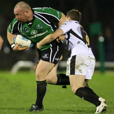 Connacht prop Robbie Morris on the attack