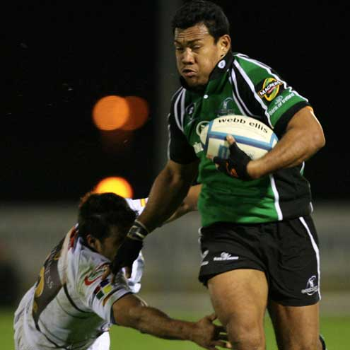 Connacht winger Ofisa Treviranus on the attack