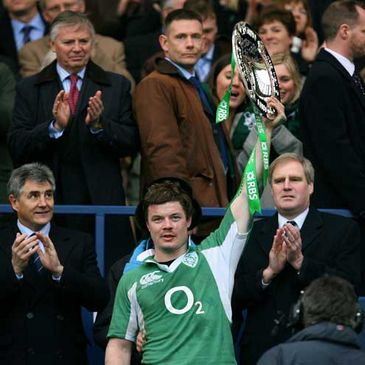 Brian O'Driscoll with the Triple Crown trophy