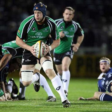 Andrew Farley in action for Connacht