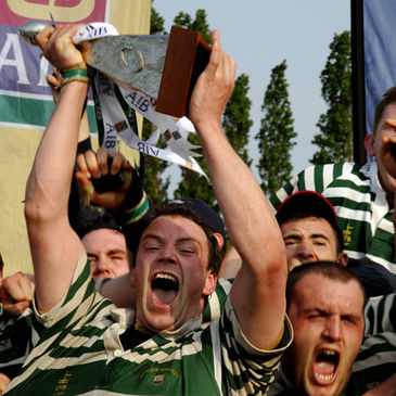 Greystones are crowned AIB League Division 2 Champions in 2007