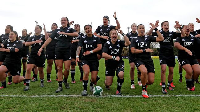 The New Zealand Women perform the haka at UCD