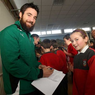 Ireland 'A' out-half Ian Humphreys signs autographs
