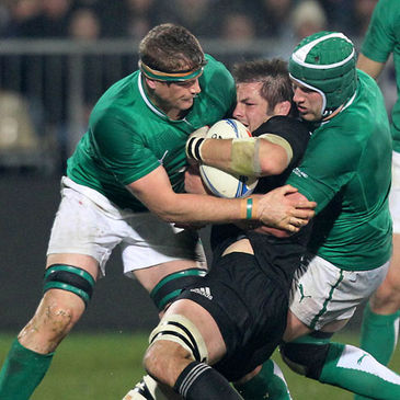 Heaslip and O'Brien tackle McCaw