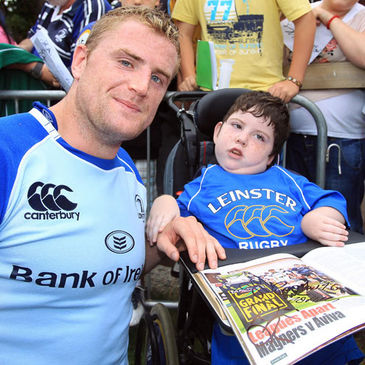 Jamie Heaslip with a young Leinster fan