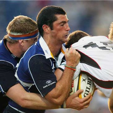 Rob Kearney in action against Edinburgh